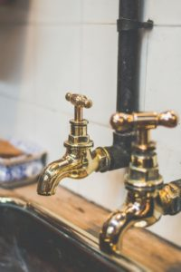 Signs That You Need Kitchen Faucet Replacement